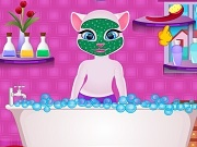 Играть Talking Angela royal bath