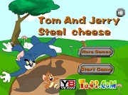 Играть Tom And Jerry Steal Cheese